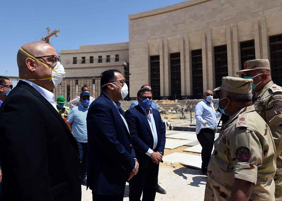 صور   رئيس الوزراء يتفقد مبنى مجلس النواب ويُطالب بالإسراع فى معدلات التنفيذ