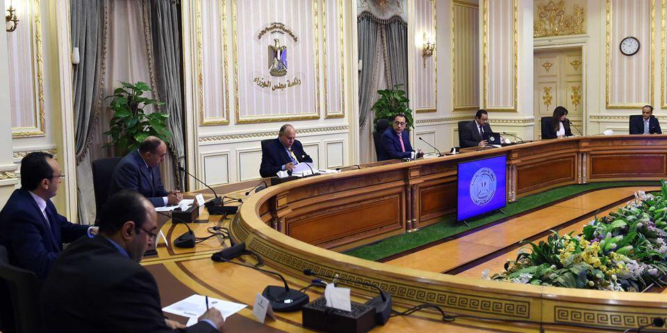 صور | رئيس الوزراء يتابع ملف إصلاح وإعادة هيكلة الجهاز الإداري للدولة