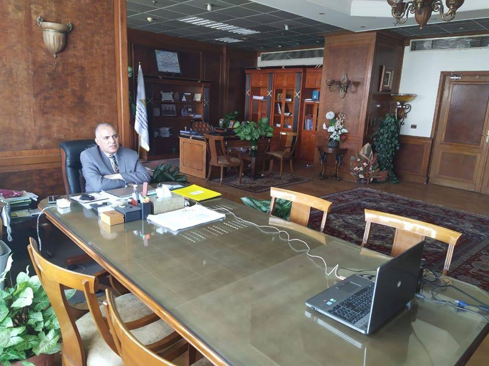وزير الرى يترأس إجتماع إيراد النهر لمتابعة الموقف المائي