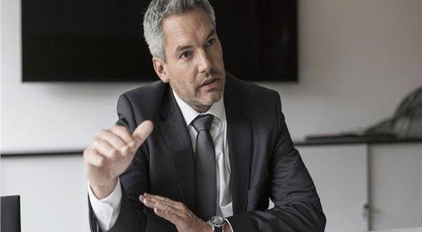 وزير داخلية النمسا يؤكد عدم التسامح فى تطبيق حظر التجول للسيطرة على الوباء