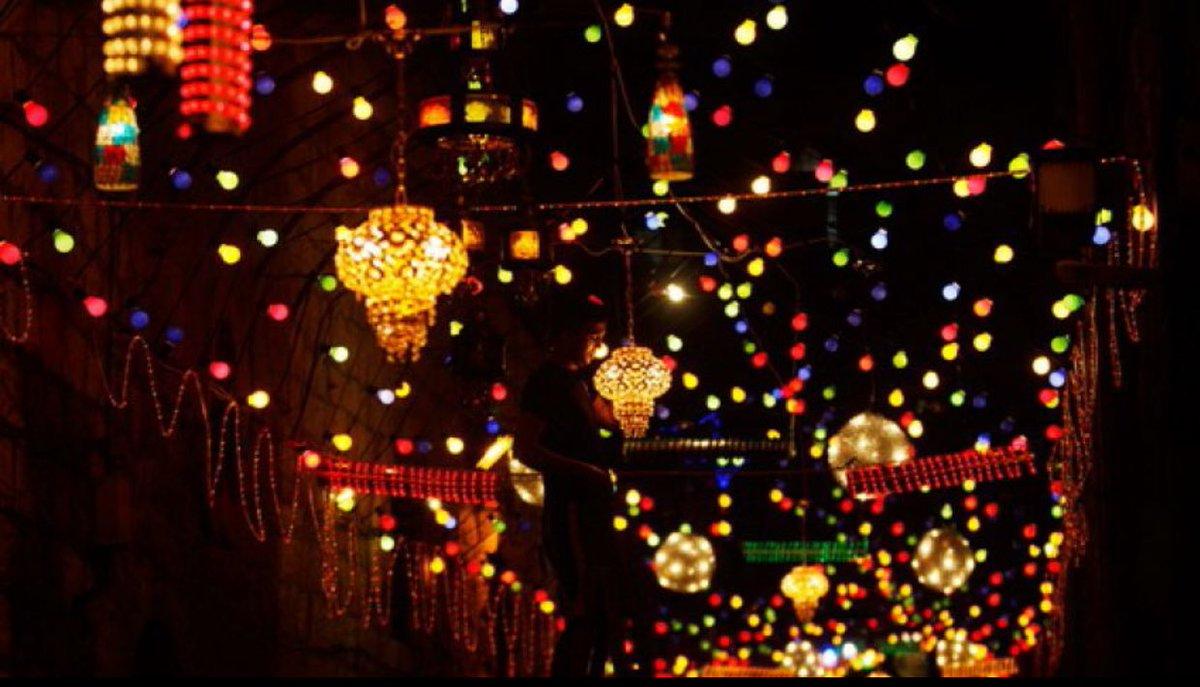 المتحدة للخدمات الإعلامية تشارك المصريين احتفالات رمضان وعيد القيامة من شبرا إلى السيدة زينب