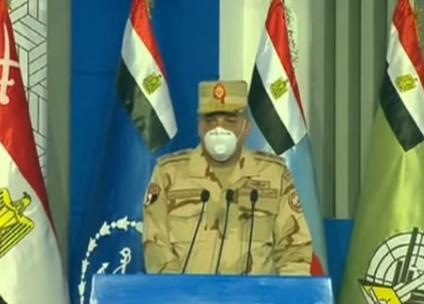 وزير الدفاع: القوات المسلحة على قلب رجل واحد لمواجهة تداعيات أزمة كورونا