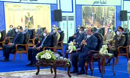 الرئيس السيسي يشكر القوات المسلحة وأجهزة الدولة على الجهد المبذول لمواجهة كورونا