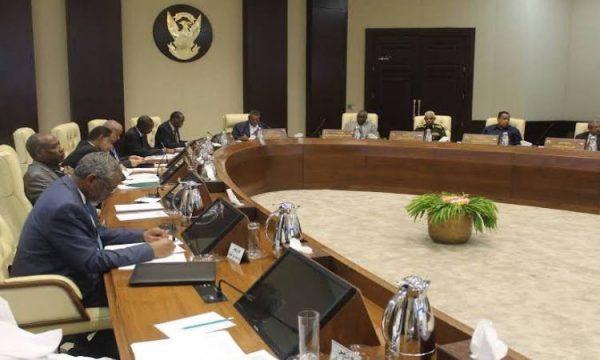 وضع 3 وزراء سودانيين فى الحجر الصحى بسبب كورونا