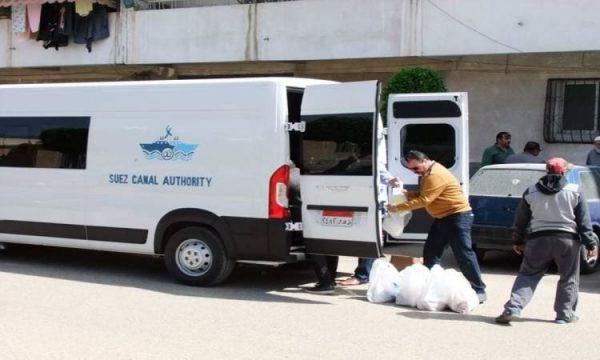 هيئة قناة السويس توزع 350 وجبة فى بورسعيد