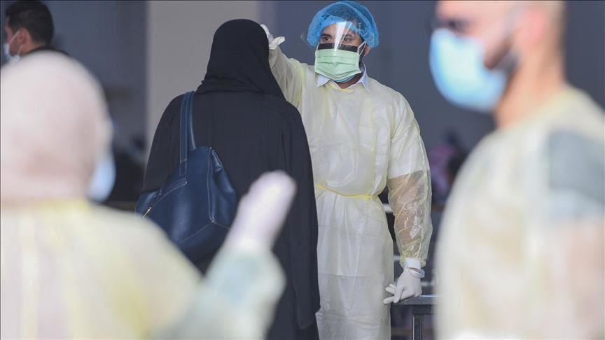 الكويت تدرس السماح للقطاع الطبي الخاص بإعطاء لقاح كورونا