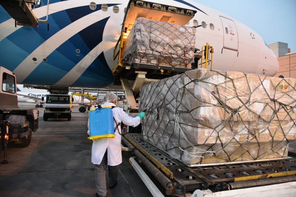 وصول طائرة المساعدات التاسعة من الجسر الجوي الإغاثي المصري للبنان