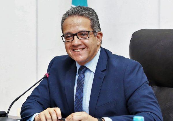 وزير السياحة: شرم الشيخ والغردقة استقبلتا 4208 سائحين عقب استئناف الرحلات