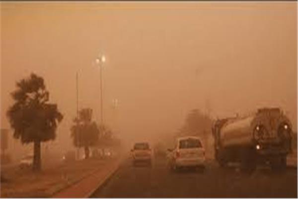 بسبب سوء الأحوال الجوية.. إغلاق 4 طرق صحراوية في أسوان وقنا