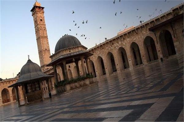 الأوقاف السورية تعلن عودة الصلوات الجماعية والجمعات بدءً من الغد