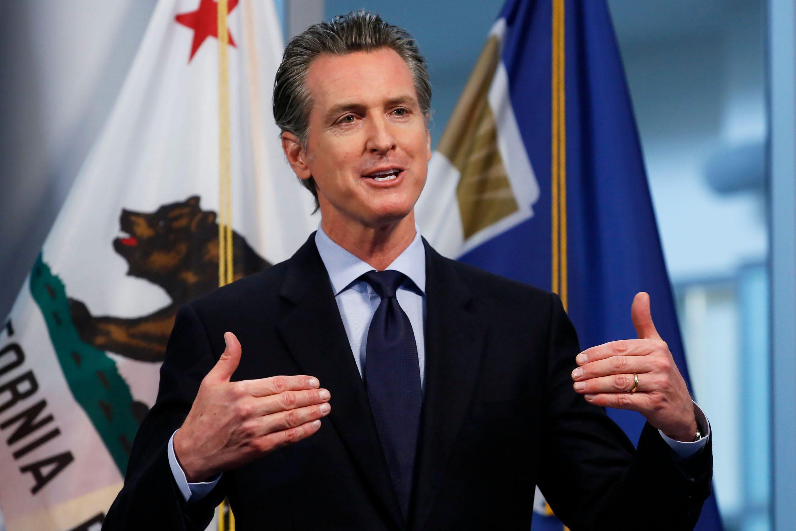 حاكم كاليفورنيا يسمح بالاقتراع بالبريد لجميع مواطني الولاية في انتخابات نوفمبر