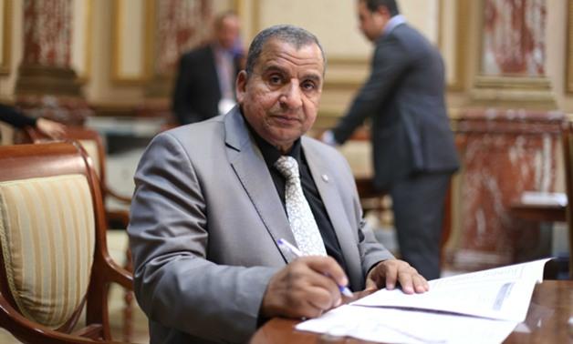 النائب عبد الحميد كمال يقدم طلب إحاطة بسبب زحام «كارتة» طريق السويس