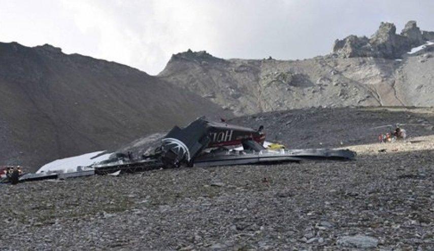 مصرع 6 أشخاص جراء تحطم طائرة عسكرية بوليفية
