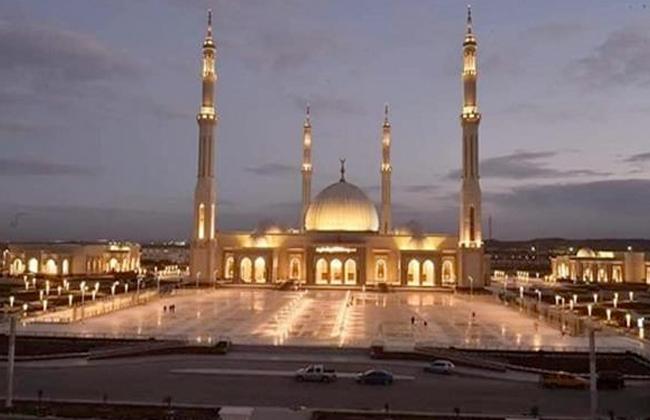 المتحدة للخدمات الإعلامية تنقل صلاة العيد من مسجد الفتاح العليم