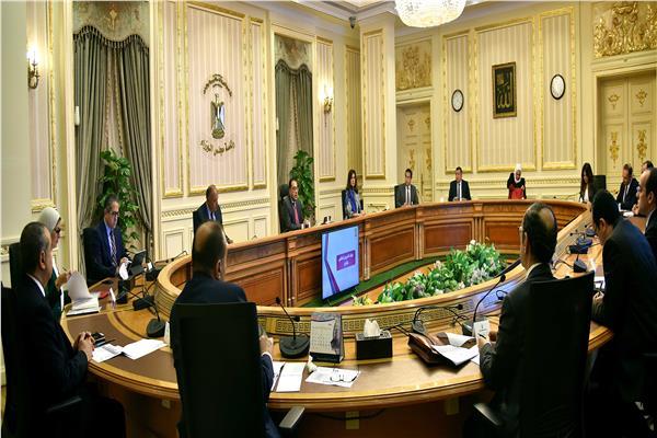 رئيس الوزراء : الدولة ستتحمل تكلفة الإقامة والإعاشة للعزل الصحي بالمدن الجامعية