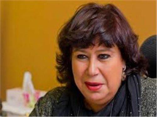 وزيرة الثقافة تنعي الفنان الكبير حسن حسني