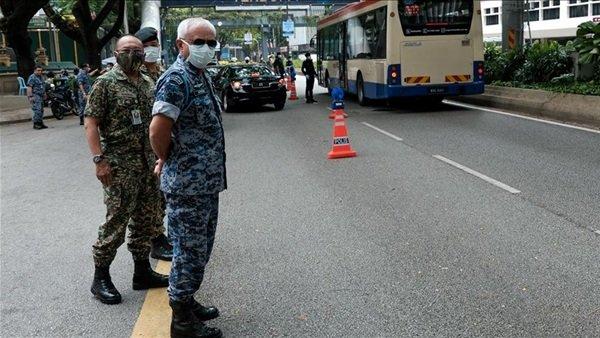 ماليزيا تعتقل 63 شخصًا يشتبه بتورطهم فى تهريب المهاجرين