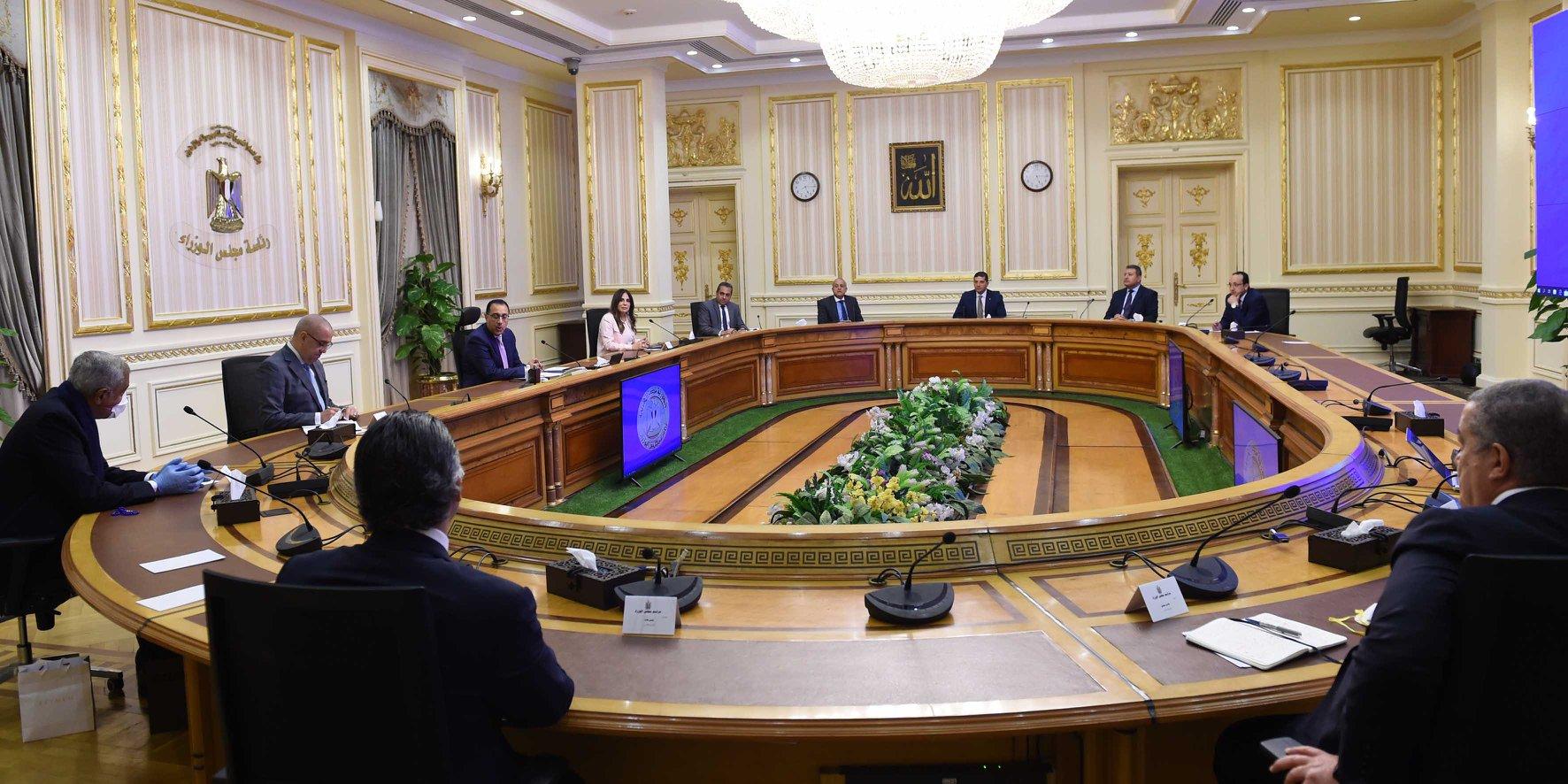 صحف القاهرة تبرز اجتماع اللجنة الوزارية الاقتصادية لبحث مستقبل الاقتصاد ما بعد كورونا