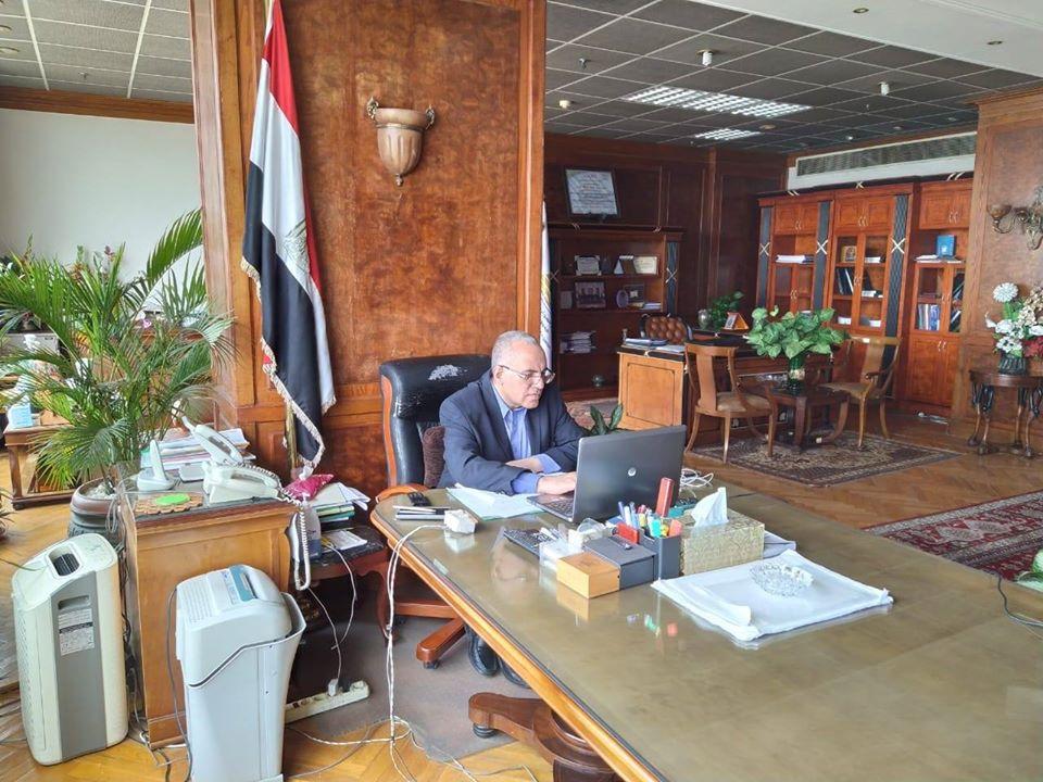 وزير الري يبحث مع محافظ الغربية الموقف التنفيذي لمشروعات الوزارة بالمحافظة