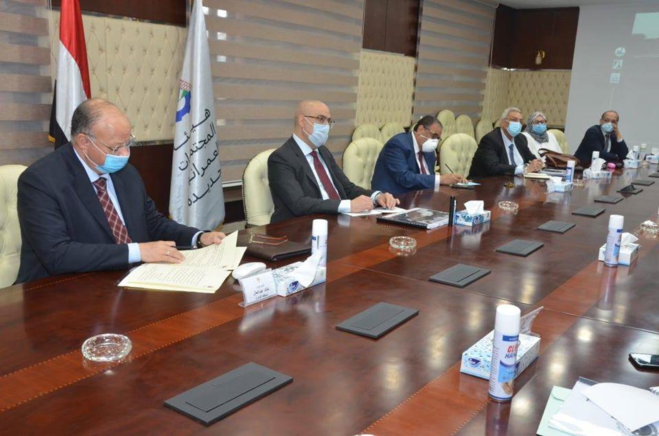 صور | وزير الإسكان يتابع الموقف التنفيذي لمشروع تطوير محور الفريق إبراهيم العرابى