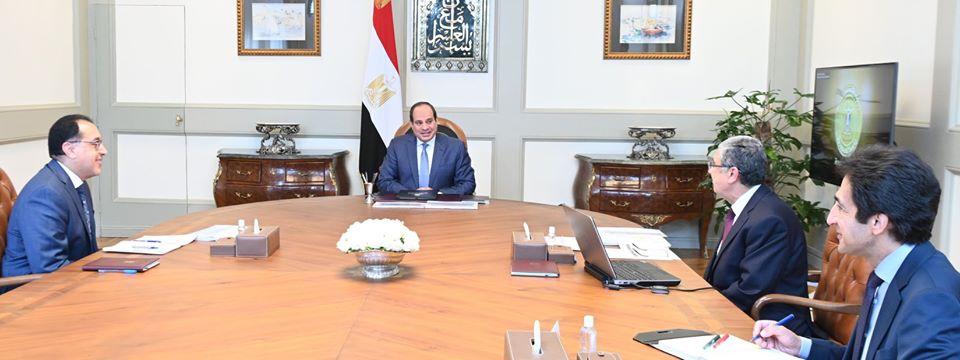 الرئيس السيسي يعقد اجتماعا لمتابعة سير المشروعات الاستراتيجية لوزارة الكهرباء