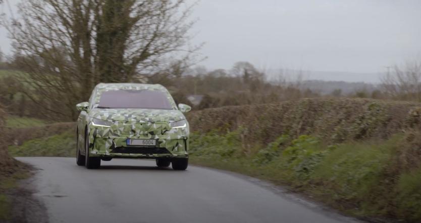 فيديو   سكودا تدخل عالم المركبات الكهربائية بسيارة كروس
