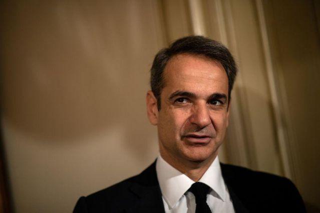 رئيس الوزراء اليونانى يعلن عودة السياحة منتصف يونيو مع خطة لإنعاش القطاع