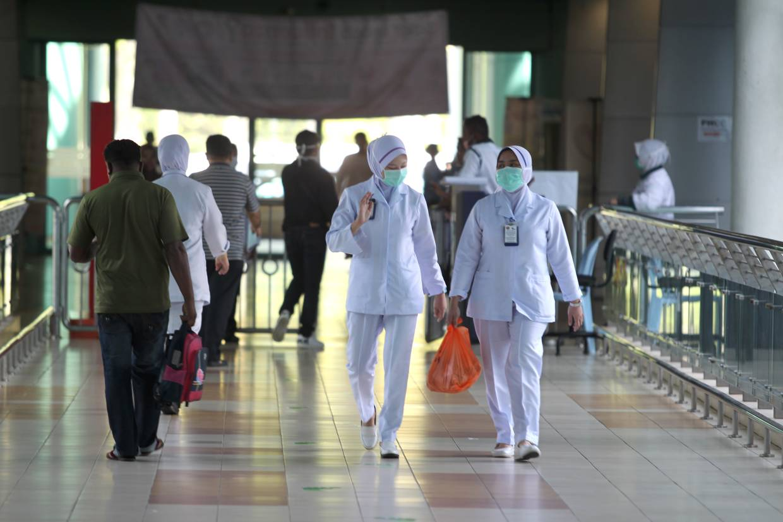 ماليزيا تسجل 1315 إصابة جديدة بفيروس كورونا