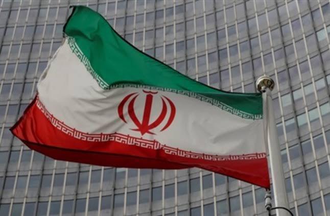 إيران تستدعي ممثل المصالح الأمريكية لديها