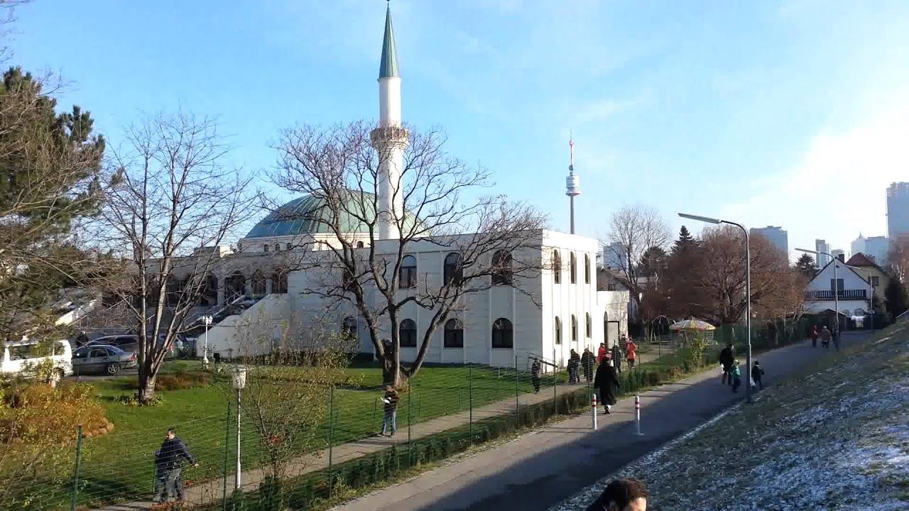 إقامة أول صلاة جمعة بالمركز الإسلامي في فيينا بعد إغلاق استمر 3 أشهر بسبب كورونا