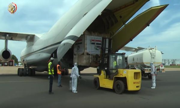 المتحدث العسكرى ينشر فيديو وصول طائرة المساعدات الثانية لجنوب السودان