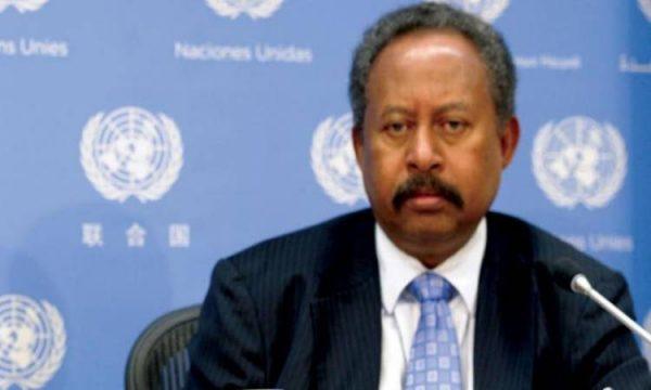 رئيس الوزراء السوداني يشكر مصر على المساعدات الطبية لمواجهة كورونا