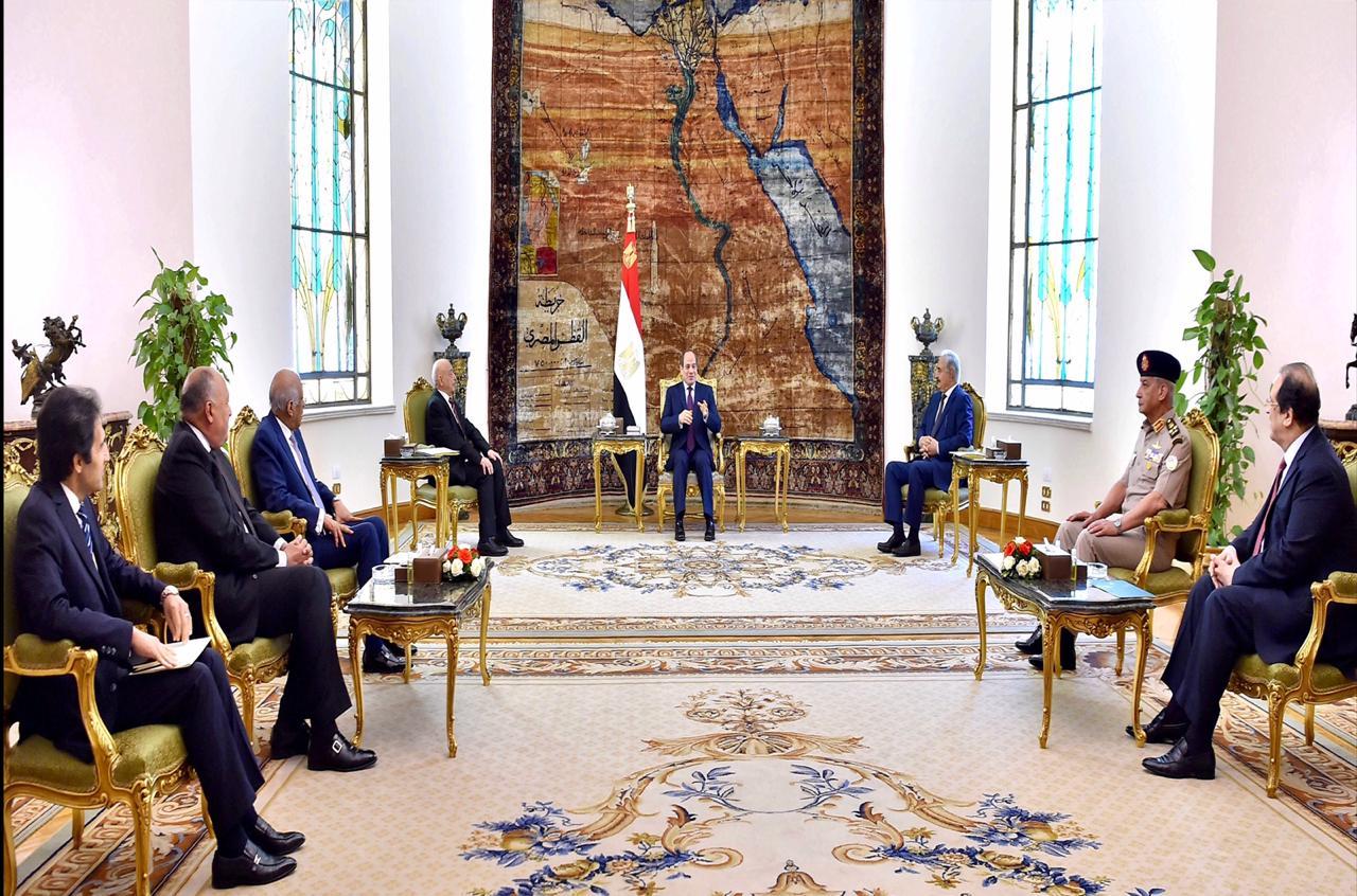 الرئيس السيسي يطالب بإخراج المرتزقة الأجانب من ليبيا وتفكيك الميليشيات ونزع أسلحتها