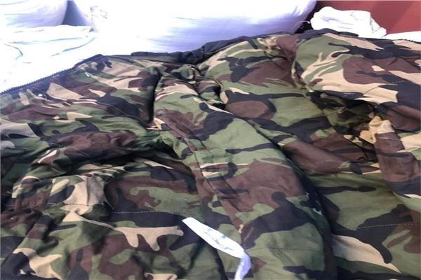 جمارك بورسعيد: ضبط محاولة تهريب كمية من الملابس العسكرية