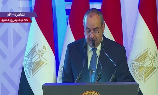 عبر 415 رحلة.. وزير الطيران: نجحنا فى إعادة 77 ألف مصرى بالخارج
