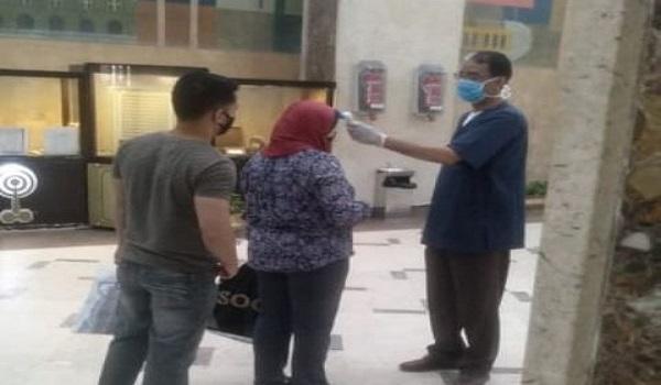 الوطنية للإعلام: تركيب بوابات تعقيم واستمرار التواصل مع الحالات المصابة