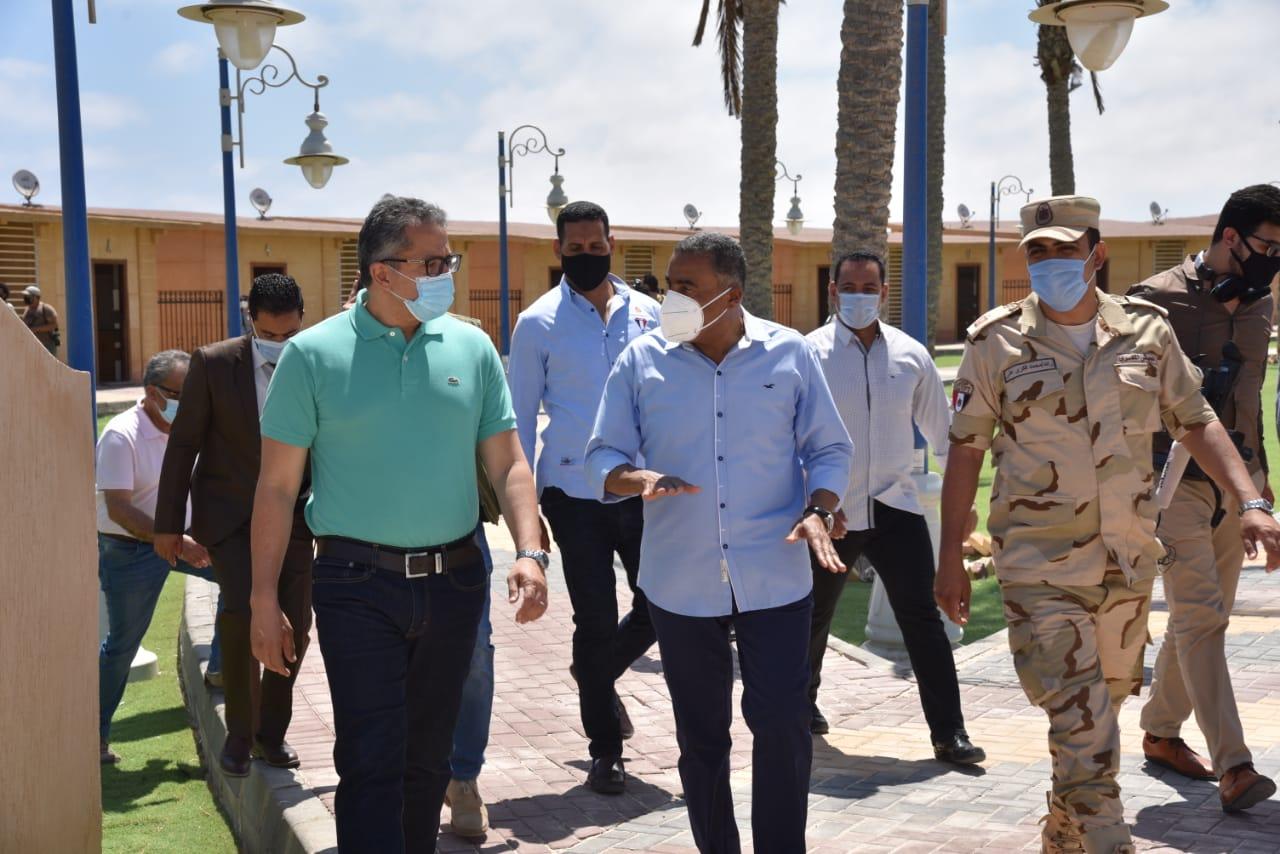 صور | وزير الآثار ومحافظ مطروح يتفقدان عددا من المناطق الأثرية تمهيدا لاستئناف السياحة