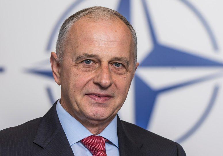 الناتو: يجب العمل على عدم تحول الانكماش الصحى والاقتصادى لأزمة أمنية