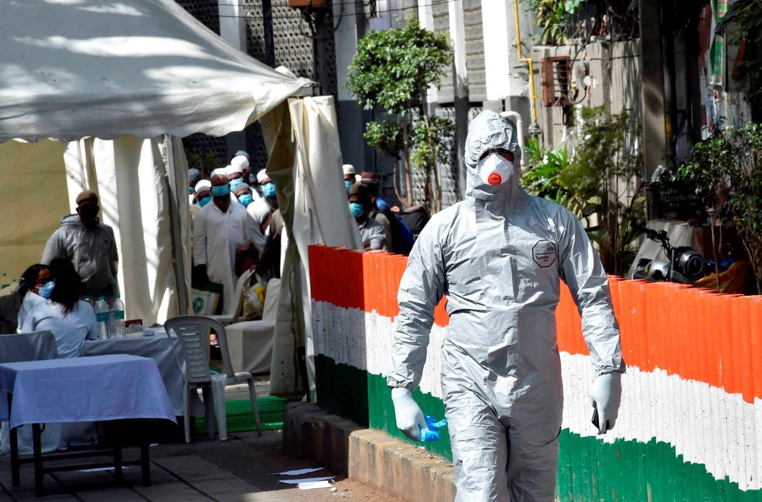 الهند تسجل أكثر من 43 ألف إصابة جديدة بفيروس كورونا و492 وفاة خلال 24 ساعة