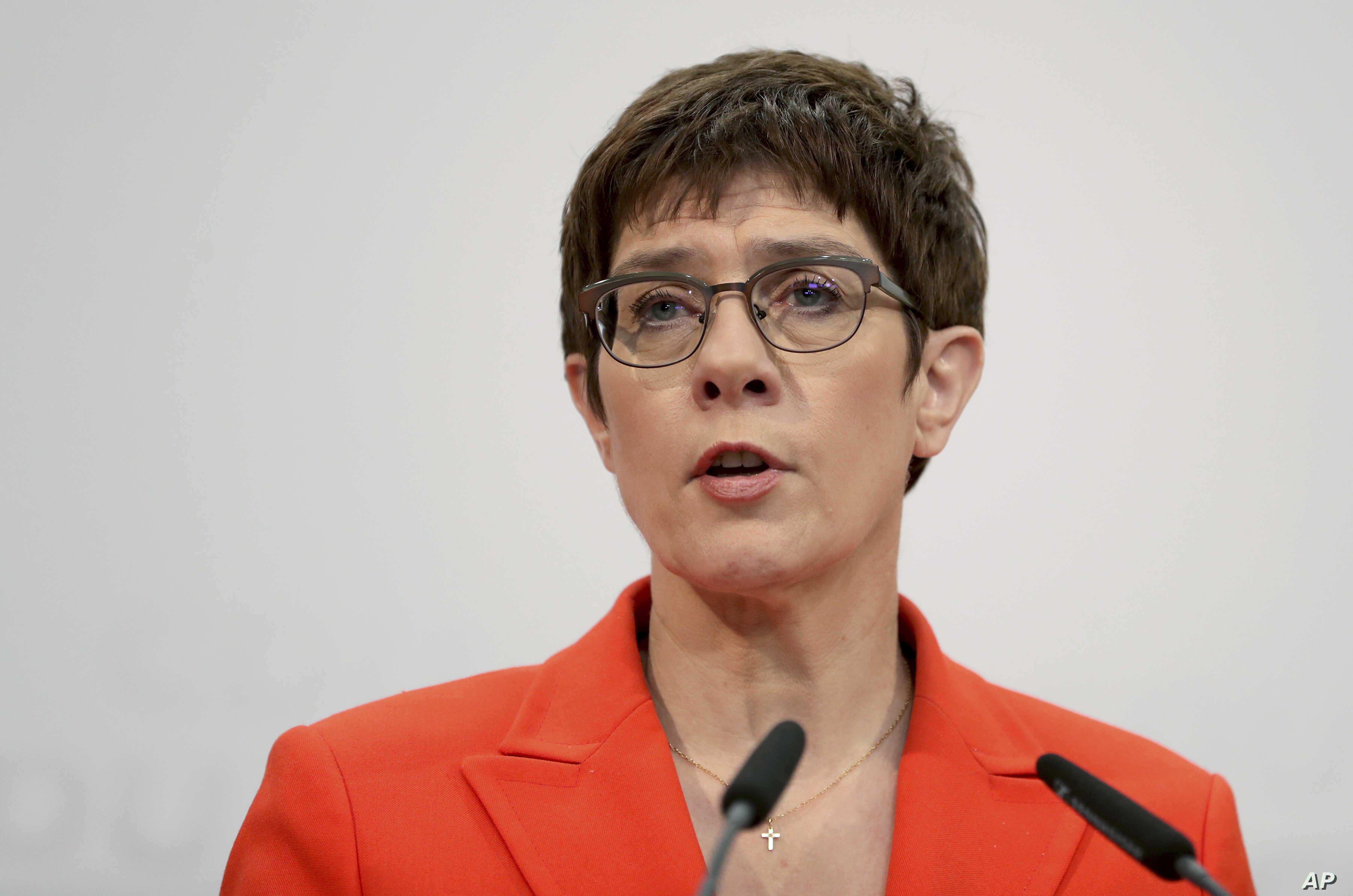 ألمانيا تتبنى قانونًا لطرد أفراد الجيش المتورطين بالتطرف والجرائم الخطرة