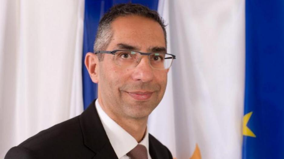 وزير الدفاع القبرصي : الوضع في شرق المتوسط مقلق بسبب استفزازات تركيا
