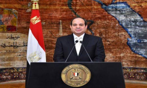 رئيس البرلمان: «السيسى» يولى اهتماما كبيرا بالصعيد.. والإنجازات خير دليل