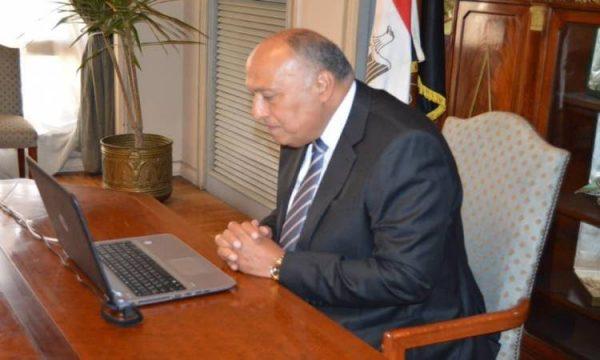 هاتفيا.. شكرى وبومبيو يتباحثان حول العلاقات الثنائية والقضايا الإقليمية