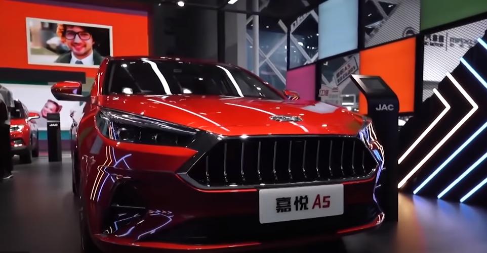 فيديو و صور | شركة JAC الصينية تطرح سيارة جديدة تغزو أسواق العالم