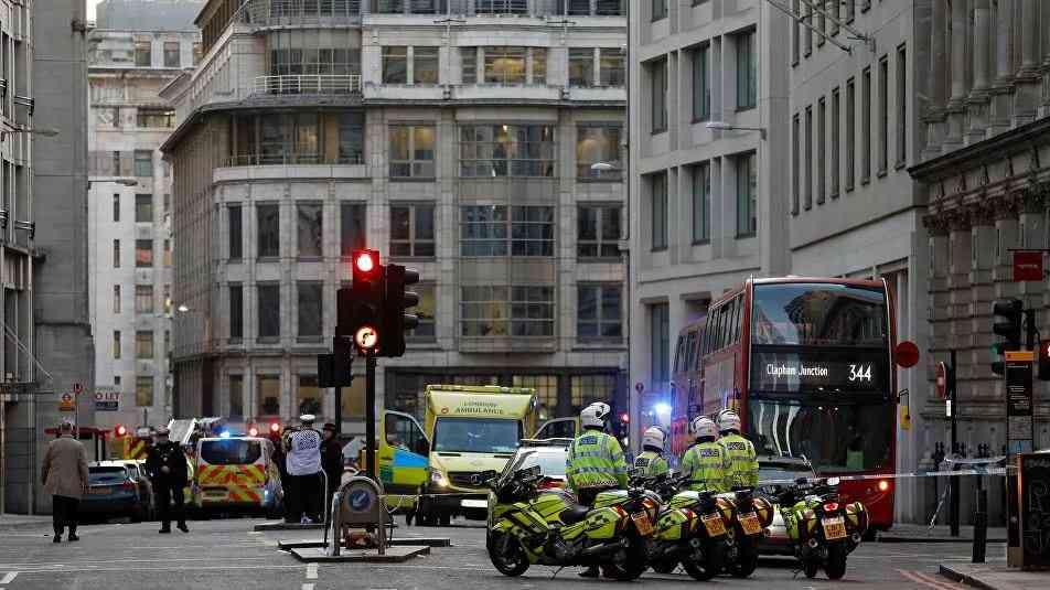 شرطة لندن: إصابة شخصين في حادث طعن بالحي المالي