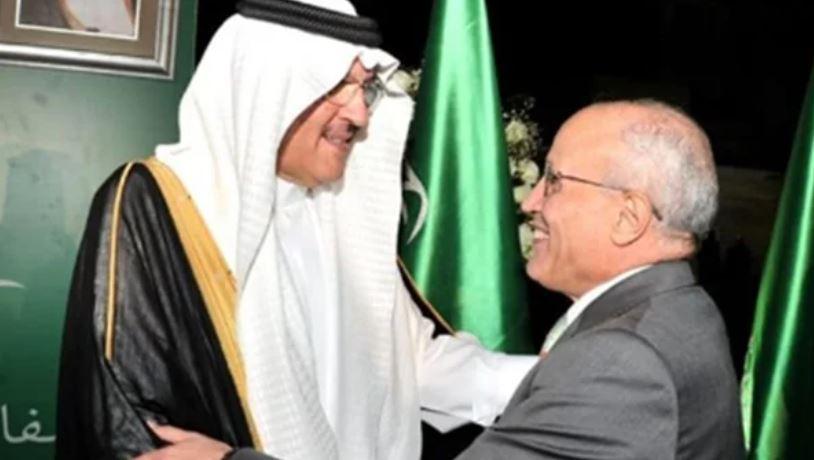 سفير المملكة العربية السعودية بالقاهرة يقدم التعازي في وفاة الفريق العصار