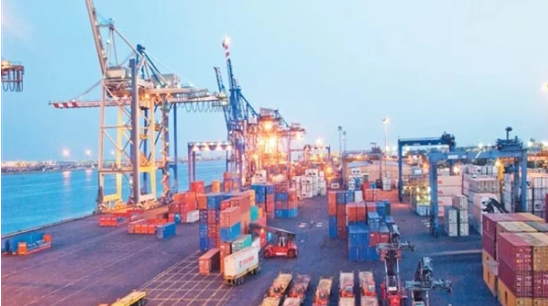 النقل: 372 ألف طن حجم الصادرات والواردات عبر الموانئ خلال 24 ساعة