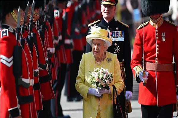 اعتقال حارس ملكة بريطانيا لحيازته الكوكايين