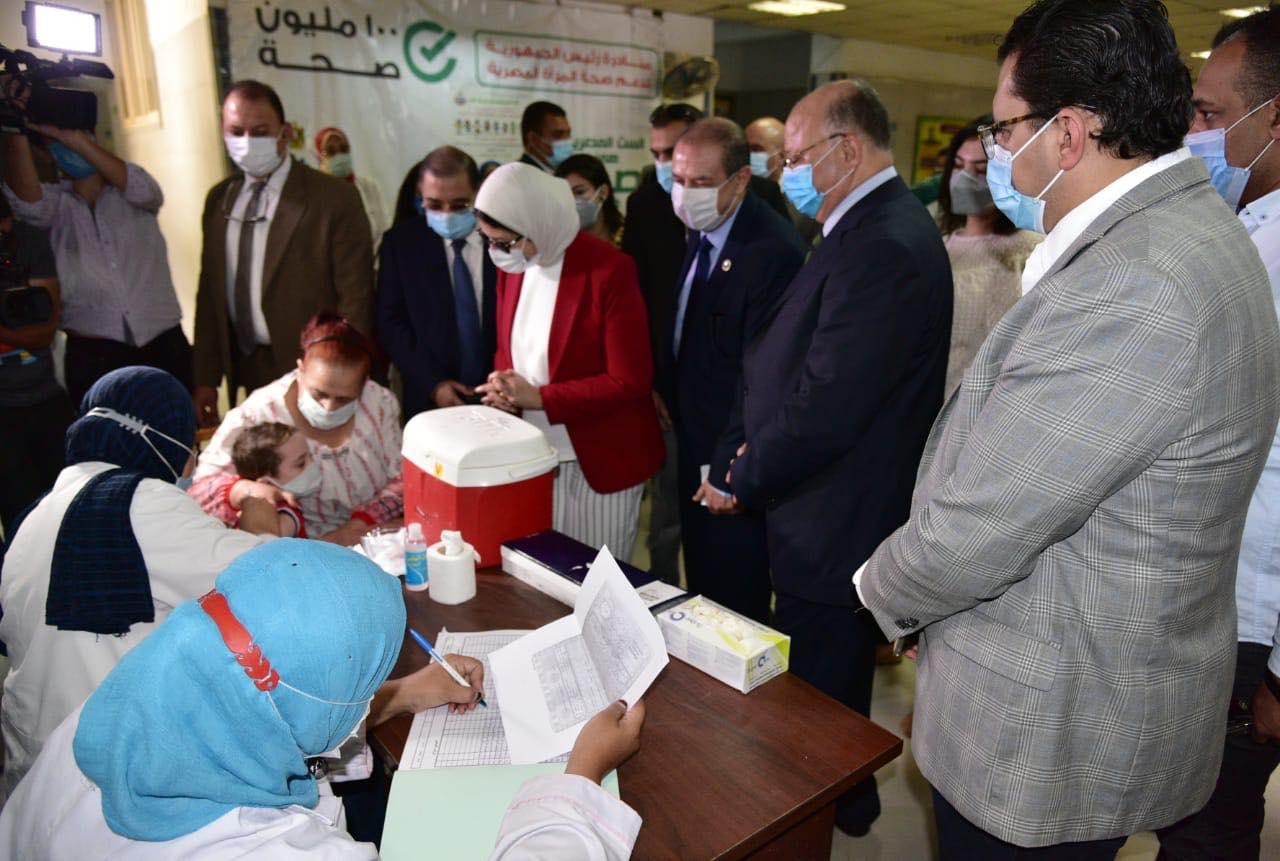 صور | وزيرة الصحة تطلق المبادرة القومية للتطعيم ضد شلل الأطفال