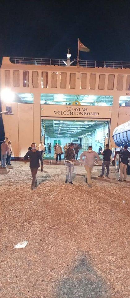 وصول 1036 راكبا مصريا لمينائي سفاجا ونويبع عائدين من السعودية والأردن